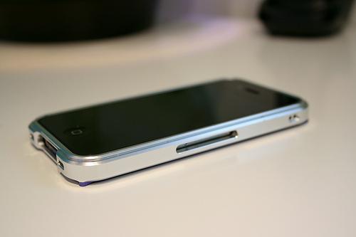 iphoneのsimスロット