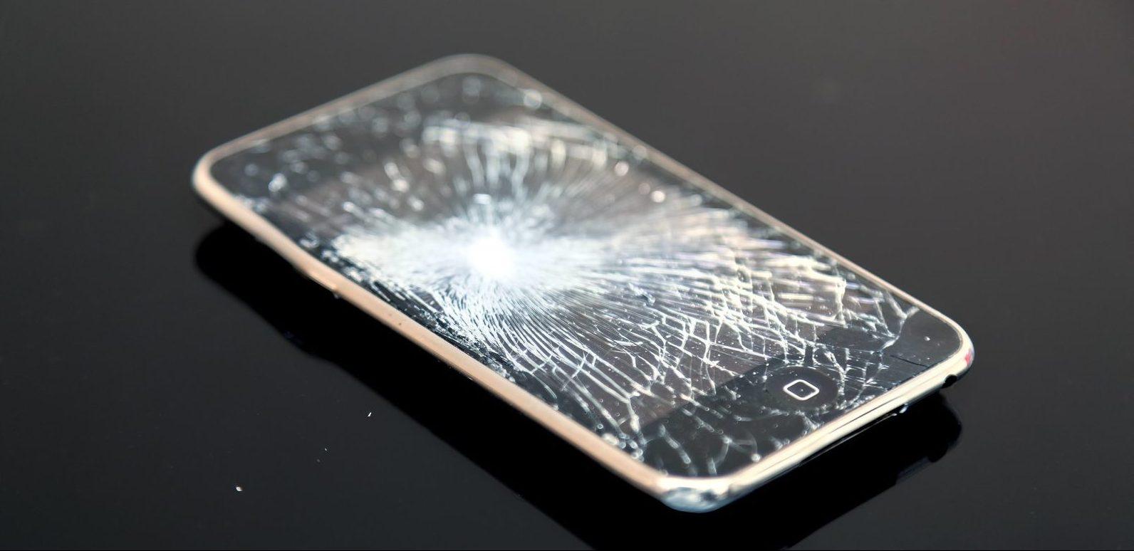 iPhoneのガラス割れ端末
